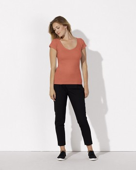 STELLA SMILES Dámské tričko s velkým výstřihem do V  ze 100% biobavlny - oranžová sun coral