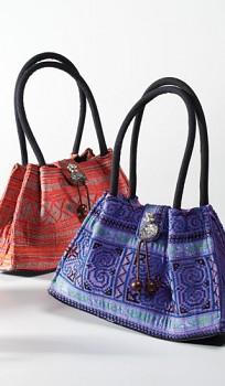 THAI dámská vyšívaná kabelka