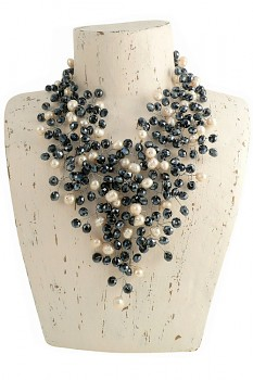 WHITE PEARL náhrdelník s perlami a hematitovými korálky