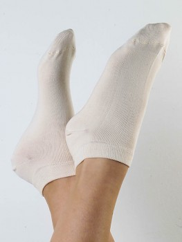 Kotníkové ponožky z biobavlny - přírodní