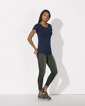 STELLA WANTS DENIM Dámské tričko s kulatým výstřihem ze 100% biobavlny - modrá dark washed indigo