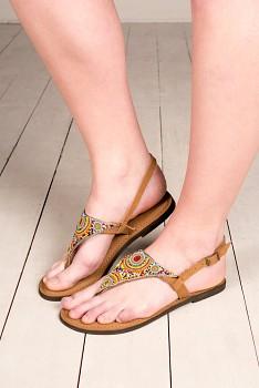 Nomads TRIANGLE korálky pošité sandály