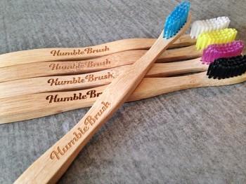 Dětský kartáček na zuby Humble Brush - různé barvy