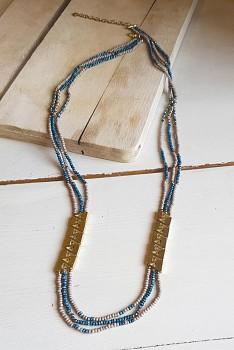 TRAINGLE náhrdelník z korálků